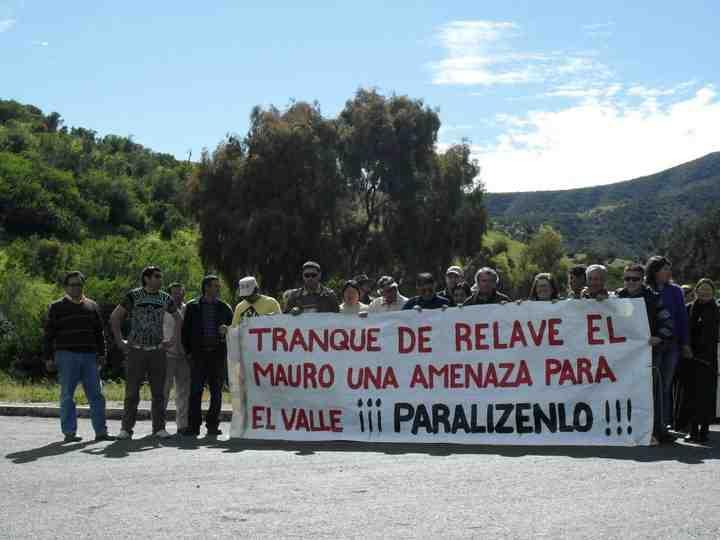 PROTESTA EN RUTA A CAIMANES
