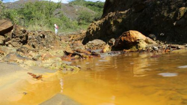 agua contaminada minera sta rosa mex