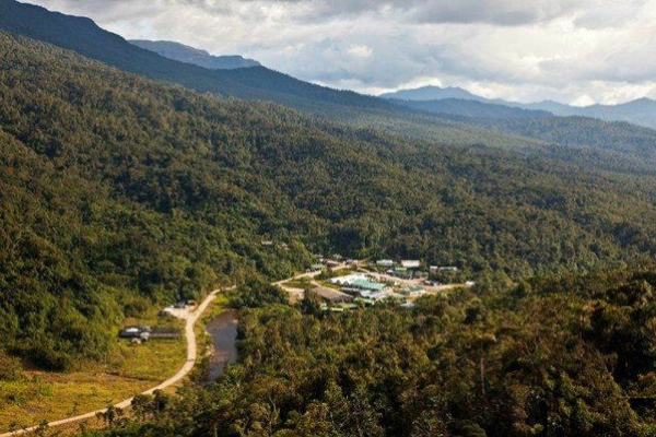ecuador lundin gold reach agreement to develop fruta del norte