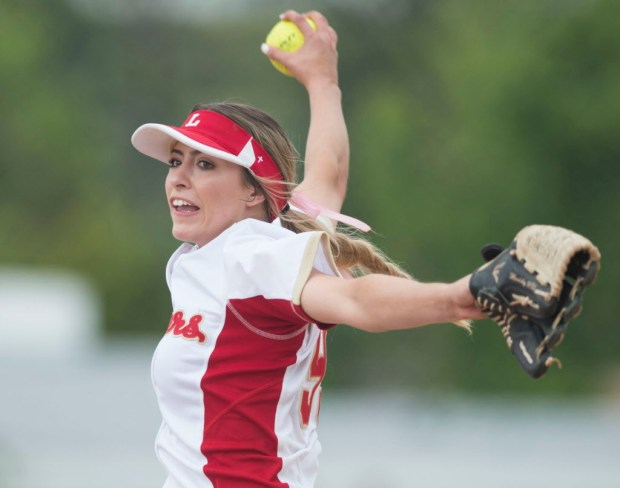 Orange Lutheran's Maddy Dwyer pitches during the Lancers' 5-3 victory over Mater Dei for the Trinity League softball title at Orange Lutheran High in Orange, CA on Tuesday, May 9, 2017. (Photo by Kevin Sullivan, Orange County Register/SCNG)