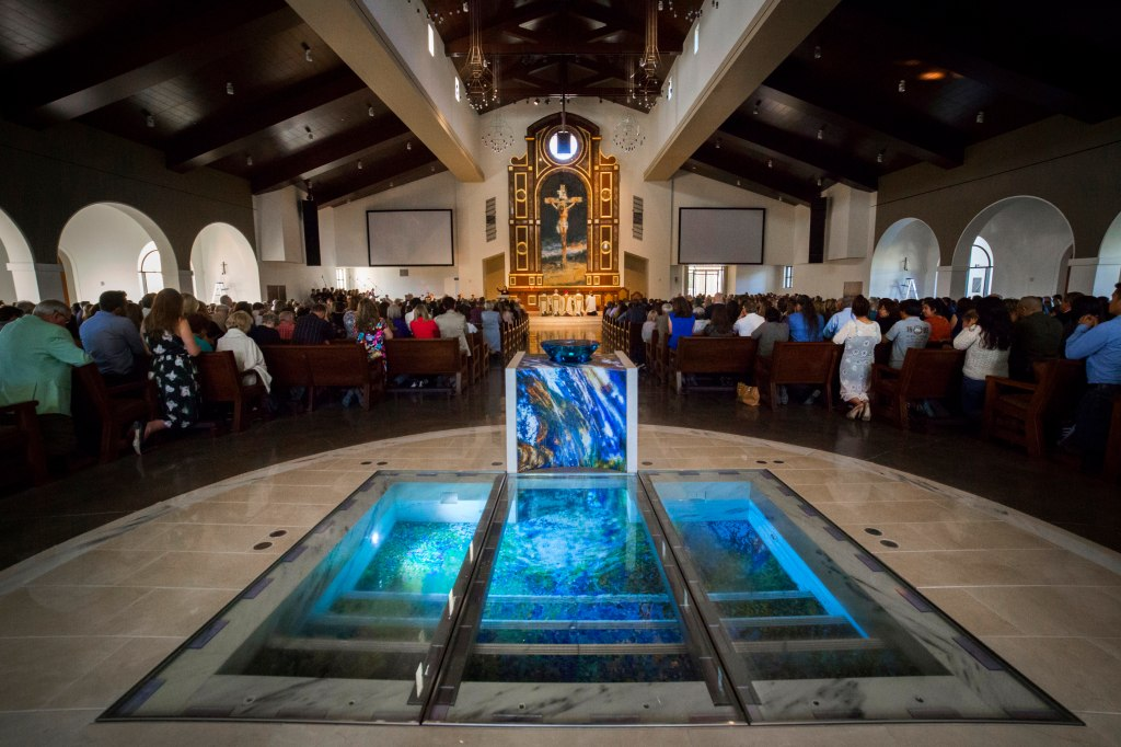 2000 Catholic Families Have New 138 Million Ladera Ranch Church Following Dedication By