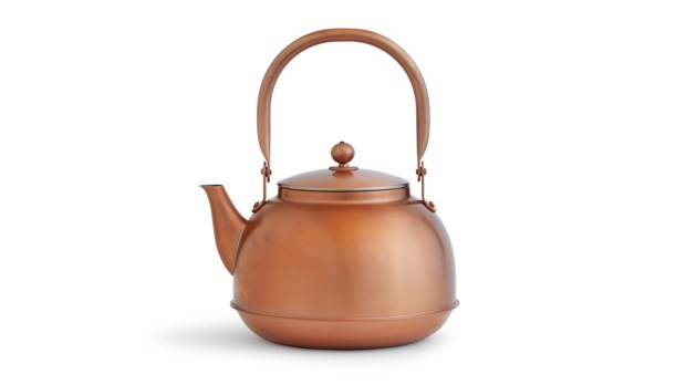 Azmaya, which sells this copper kettle, collaborates with artisans and manufacturers in Japan to create its curated line of kitchen, cooking and dining staples. (Photo by Armando Rafael)