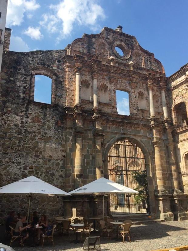 Church ruin cum café in Casco Viejo.