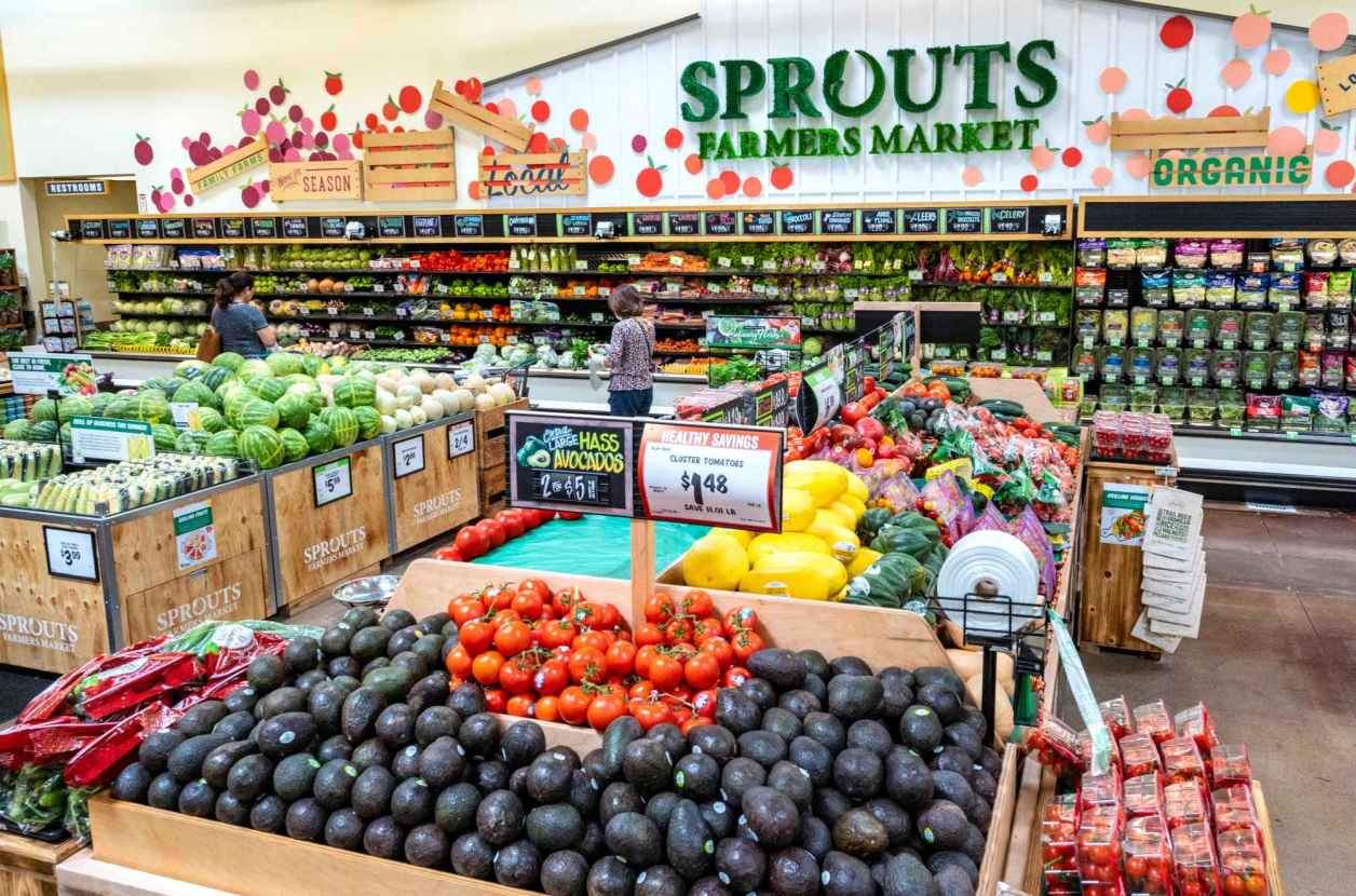 Sprouts Farmers Market debuts new look, part of 20-store expansion – Orange  County Register