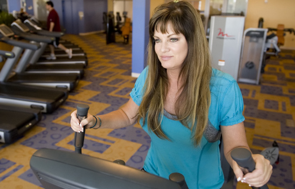 Housewife Jeana Keough undergoes a Thintervention