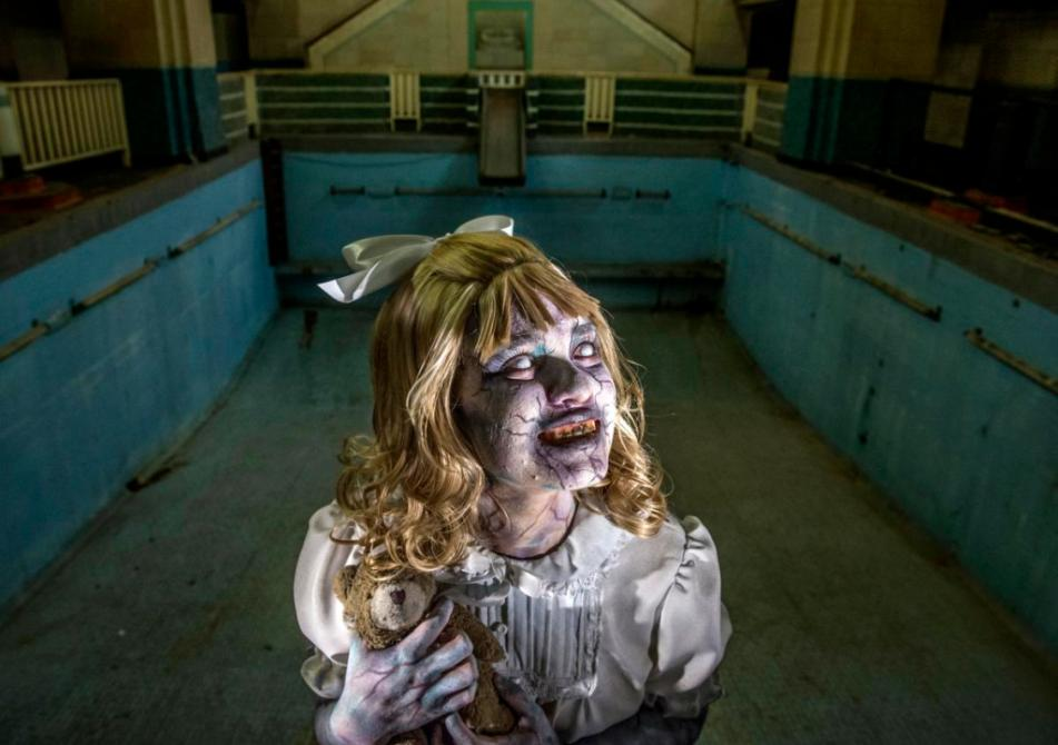 The Queen Marys Dark Harbor horror mazes are ready to scare you again  Orange County Register