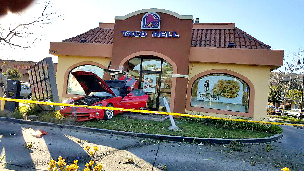 Dodge Viper crashes into Taco Bell in Laguna Niguel