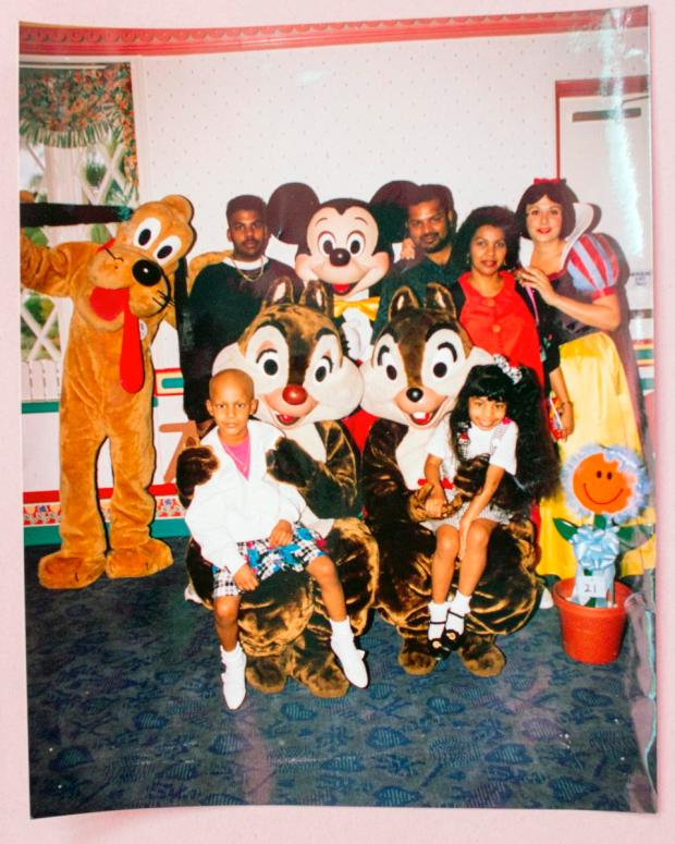 Facing Death She Got Her Make A Wish From Disney 23 Years Later Shell Help Grant Other Kids