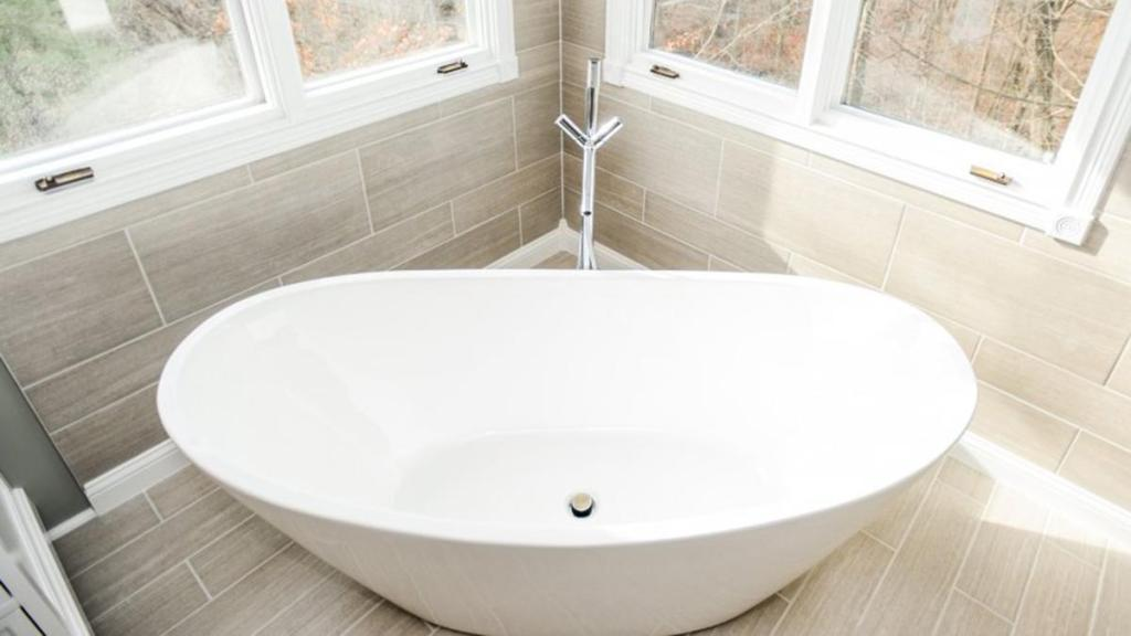 Are there health risks with bathtub refinishing  Orange