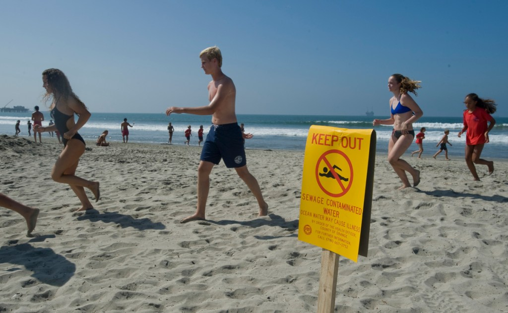 Seal Beach Long Beach beaches closed because of massive