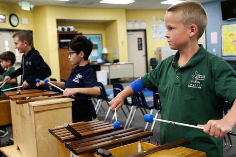 Ontario Christian elementary students enjoy enrichment courses in music