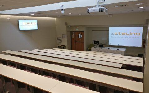 Sonorisation et diffusion vidéo pour un amphithéâtre d'université