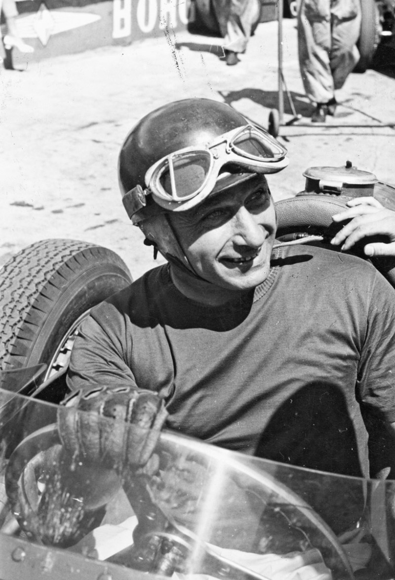 Juan Manuel Fangio am Steuer des Maserati 250 F