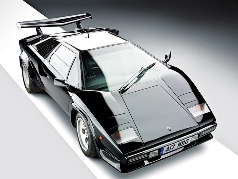 Lamborghini Countach aus der Vogelperspektive