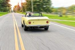 Octane Magazin 14 Ferrari NART Spider Rear 2blur