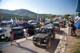 Octane Magazin 14 Land Rover 32 Parade Of LRs