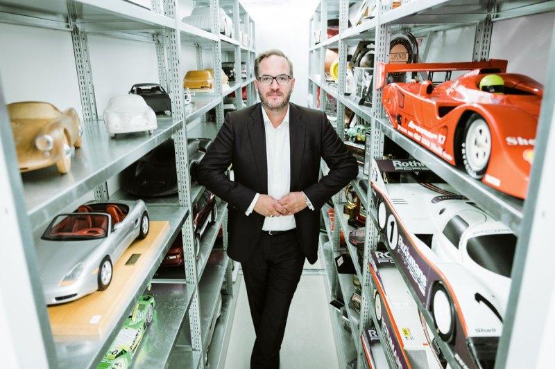 # 37, Frank Jung, Porsche-Archiv, Interview