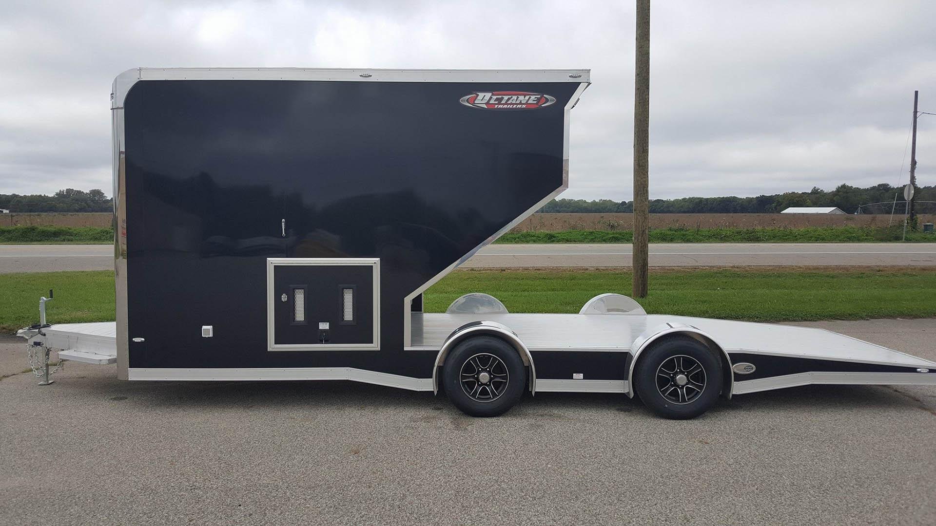 Gooseneck Snowmobile Trailer