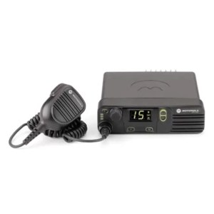 Motorola Mototrbo XiR M8220/M8228 Digital Car Radio