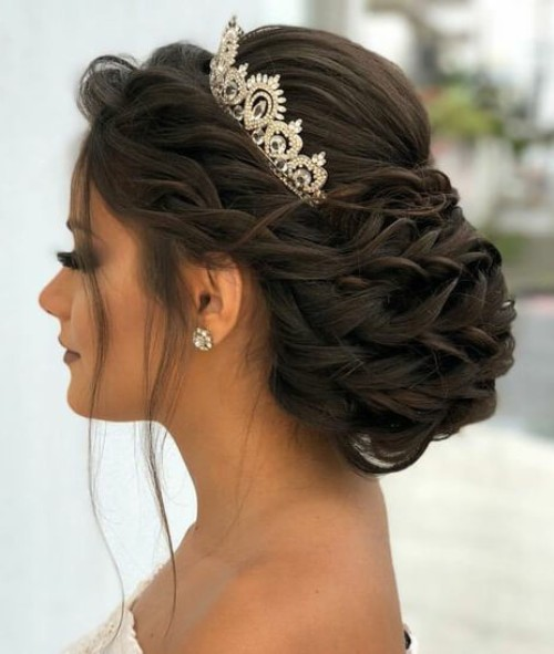 Hairstyles With A Crown: Cute Quinceanera Hairstyles With Crown