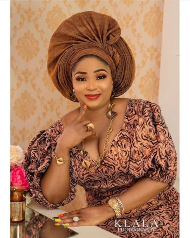 fashion makeup Classy Fashion Makeup and Gele Styles