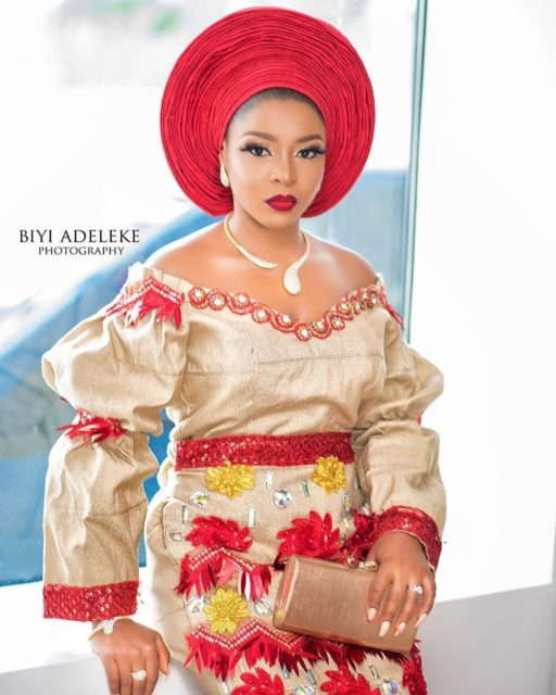 Top 10 Aso oke and Makeup Styles for Brides Top 10 Aso oke and Makeup Styles for Brides