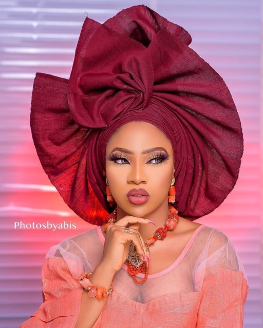 aso oke samples Top 10 Aso oke and Makeup Styles for Brides