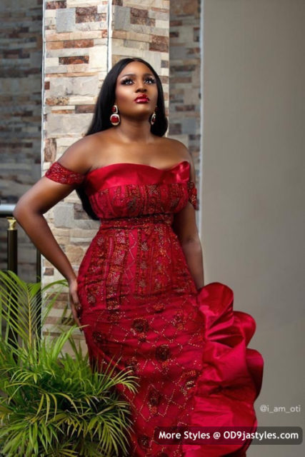 Beautiful Aso Ebi Styles 25 PHOTOS: Beautiful Aso-ebi Styles – Latest African Fashion Trends For Women