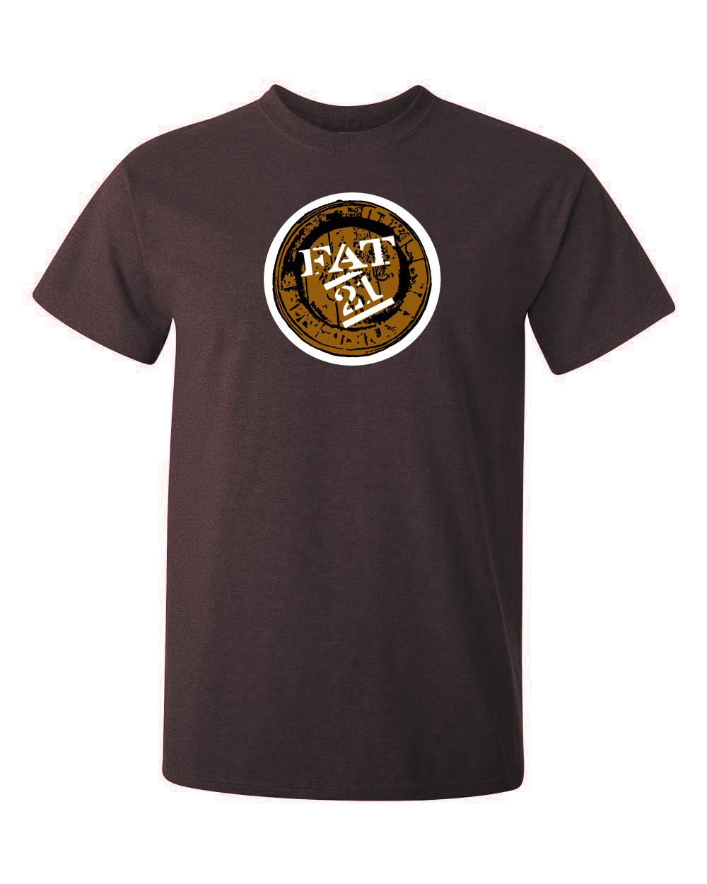 FAT21 logga tryckt på en t-shirt av hög kvalitet