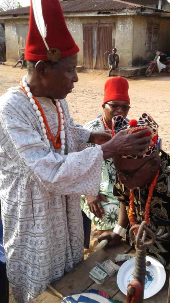 Oldest man in Ugbene, Ozo Aaron Agumadu crowing Chief Chimakwa as the traditional ruler of Ugbene