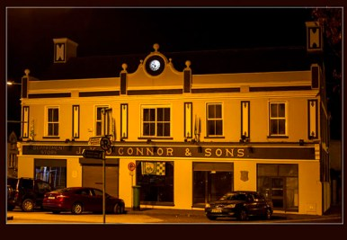 The Market House, one of Castleisland's and Kerry's most famous landmarks pictured with its new, back-lit clock on its first night. The clock has been gifted to the house and the town it serves by its new owner, London based, Neil Hickey. ©Photograph: john Reidy 30/09/2015