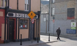 4-in-1856-catherine-hussey-was-running-a-pub-in-castleisland