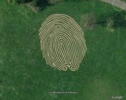 Отпечаток пальца длиной 38 метров в Великобритании