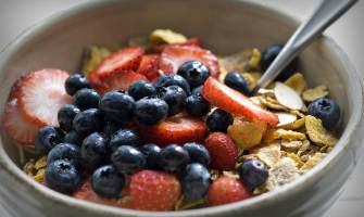 7 pomysłów na zdrowe śniadanie od Magdy z Odwazsie.com