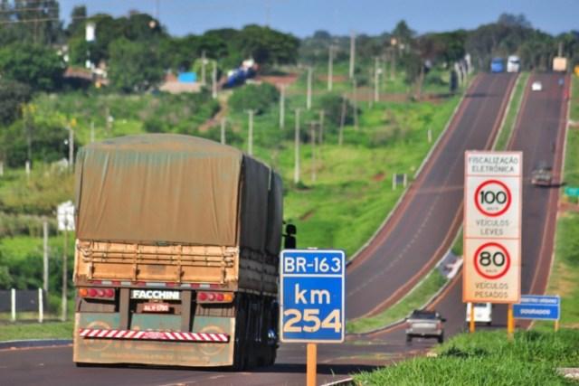 Produtores rurais ligados à Flona anunciaram que irão bloquear a Br-163, no Pará, nesta terça-feira (04). Foto: Jeso Carneiro/Flickr.