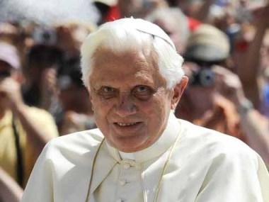Papst Benedikt XVI. bei der Generalaudienz