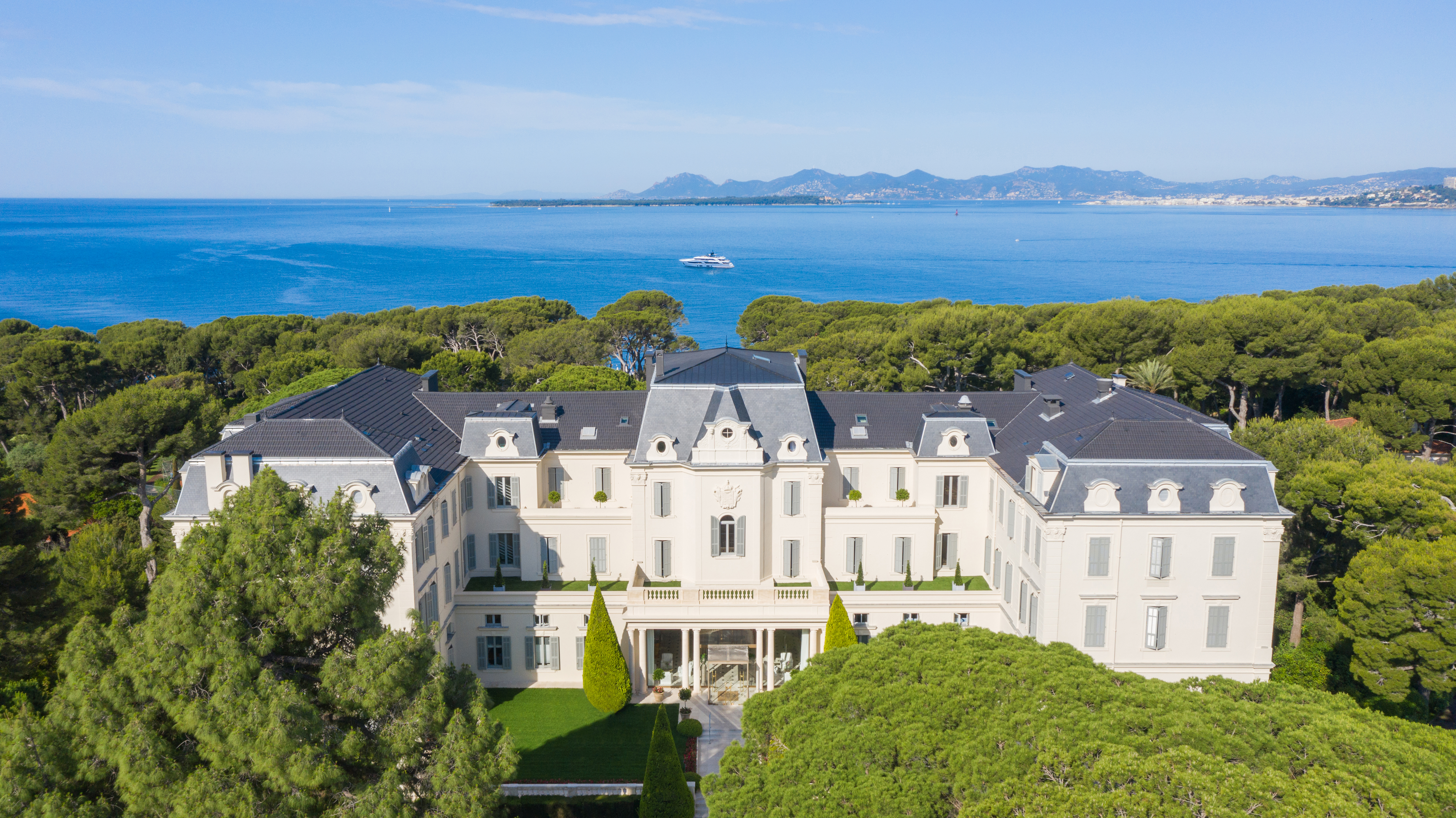 Hotel Du Cap Eden Roc Luxury Hotel In Antibes France