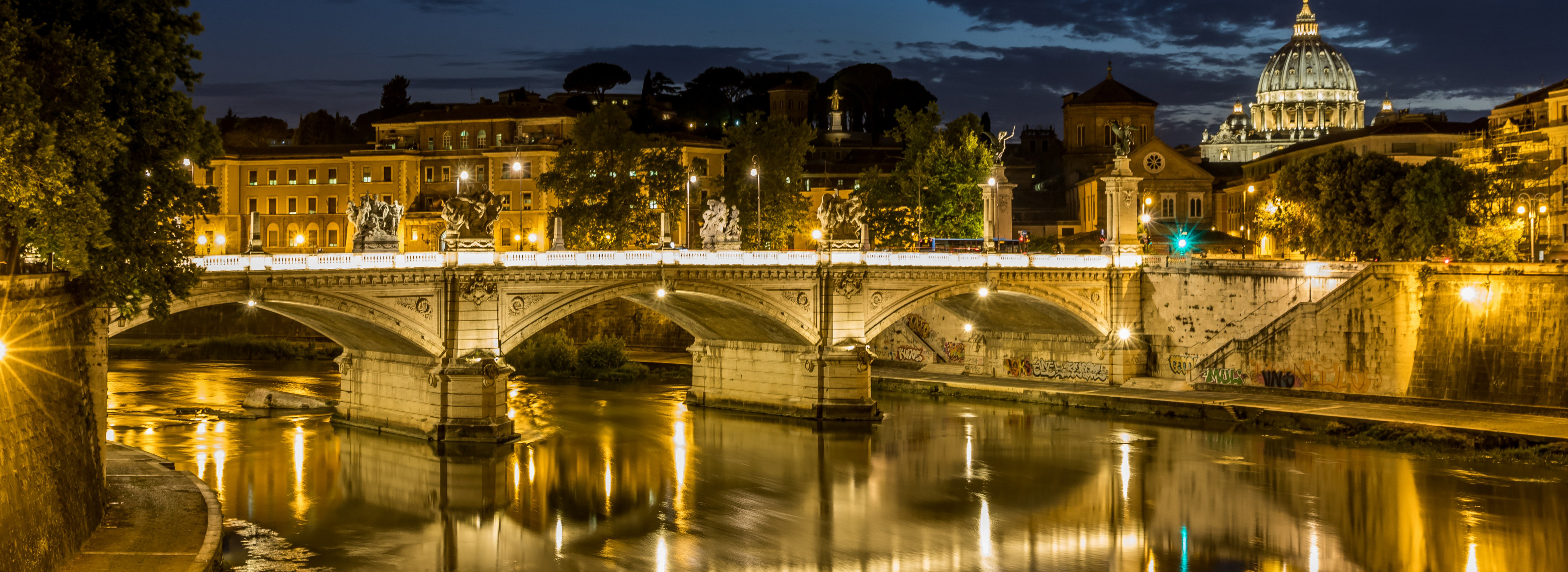 rom_petersdom_tiber_by_night-wallpaper-3840x1600