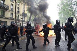 scontri a Parigi