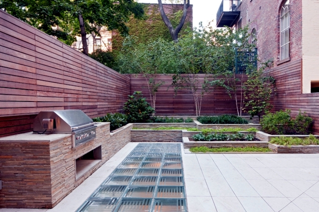 Screening Fence In 23 Garden Ideas On How To Preserve Privacy