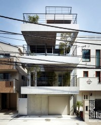 House with balcony  modern concept, implemented by Ryo ...