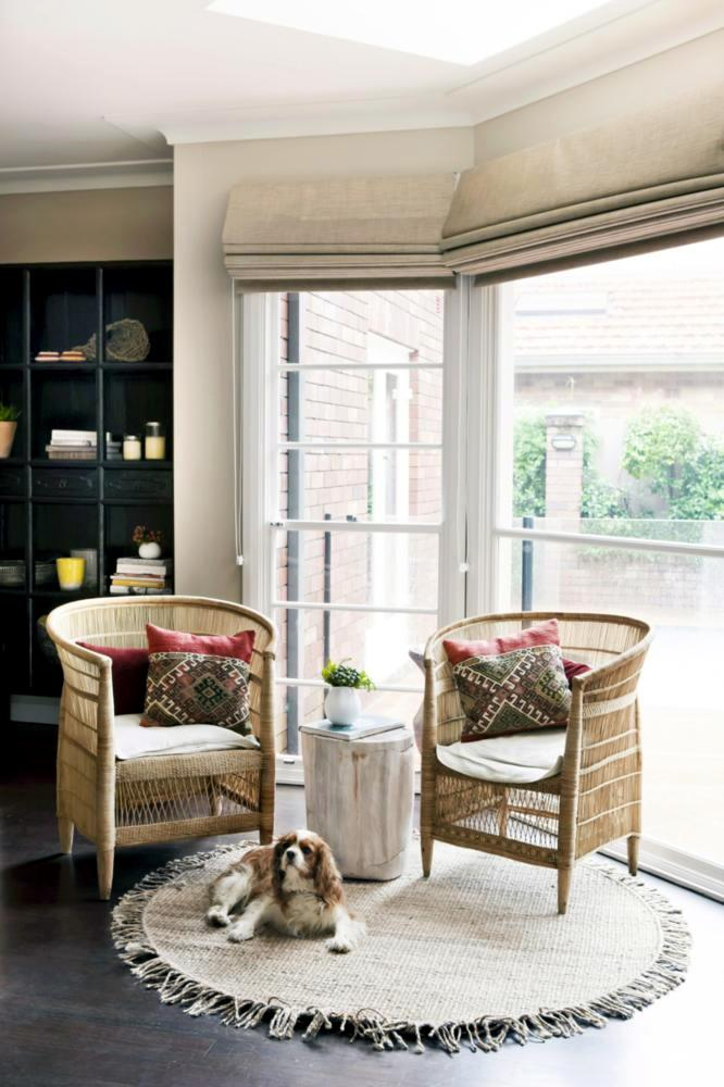 Wicker chairs in the bay window  Interior Design Ideas