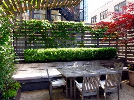 Balcony Privacy Screen With Vertical Garden Effective And Inexpensive Interior Design Ideas Ofdesign