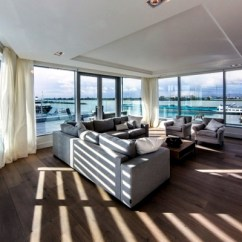 Beautiful Small Apartment Living Rooms Blue Sofa Skybox Modern Design Offers Excellent Panoramic ...