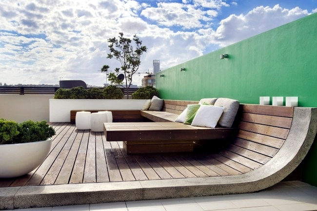 bright green sofa bed cat scratching protection townhouse roof offers several entertainment   interior ...