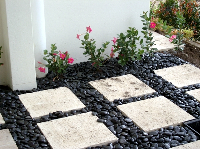 17 Ideas For Garden Design – Stones Are Versatile Interior