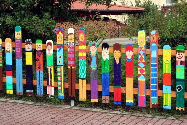 Another Highlight In The Garden – Creative Design Ideas Fence