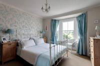 English country style in blue | Interior Design Ideas ...
