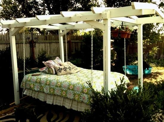striped sofa good quality bed singapore 16 beautiful design ideas for hanging on the terrace ...