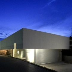 Ideas For Decorating Your Living Room Christmas With Grey Sectional Concrete Building A Flat Roof Of K2 – Minimalist ...
